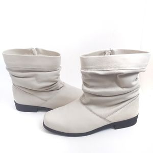 Totes Cream Fur Lined Snow Boots